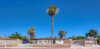 Cathedral City Single Family Home Contingent: 32700 Whispering Palms