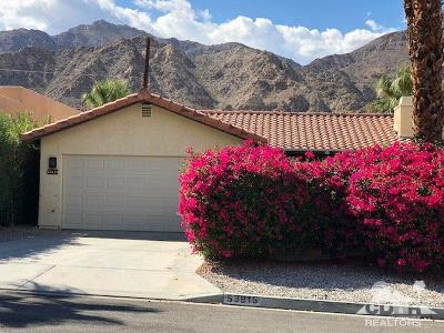 La Quinta Single Family Home Contingent: 53815 Avenida Alvarado