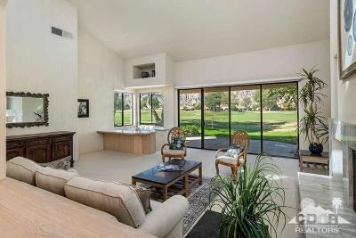 La Quinta Condo/Townhouse For Sale: 54981 Southern Hills