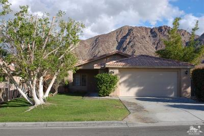 La Quinta Single Family Home For Sale: 53390 Avenida Villa