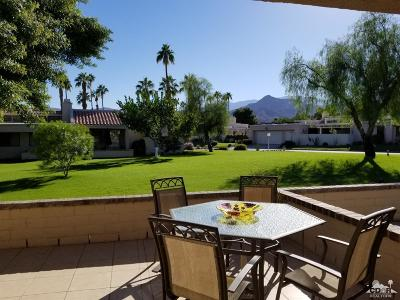 Cathedral City Condo/Townhouse For Sale: 68135 Seven Oaks Drive