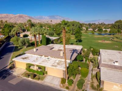 Indian Wells Condo/Townhouse Contingent: 74934 Chateau Circle