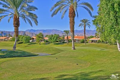 Rancho Mirage Condo/Townhouse For Sale: 49 Pine Valley Drive