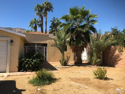 La Quinta Single Family Home For Sale: 51475 Avenida Mendoza