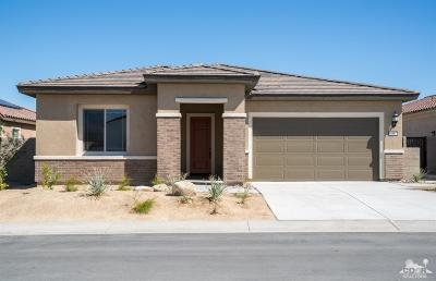 Rancho Mirage Single Family Home For Sale: 16 Riesling