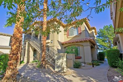 La Quinta Condo/Townhouse For Sale: 50610 Santa Rosa Plz #4