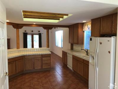 La Quinta Single Family Home Sold: 52885 Avenida Bermudas
