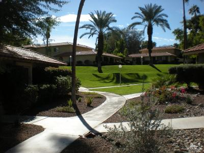 Palm Desert Condo/Townhouse For Sale: 72 Don Larson Lane