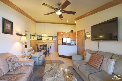 Bermuda Dunes Condo/Townhouse Contingent: 78650 Avenue 42 #1506