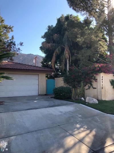 La Quinta Single Family Home For Sale: 54770 Avenida Ramirez