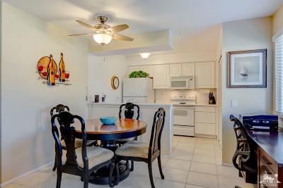Palm Desert Condo/Townhouse For Sale: 72577 Edgehill Drive #1