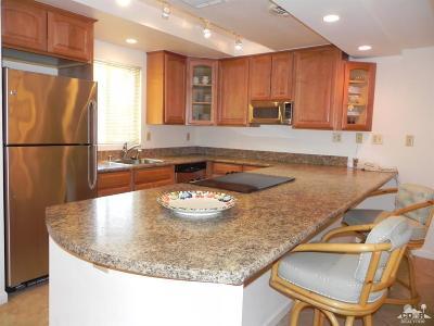 Palm Desert Condo/Townhouse For Sale: 40525 West La Costa Circle #64-02