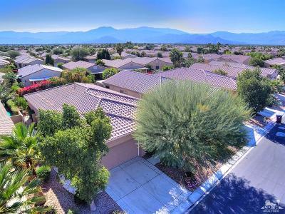 Sun City Shadow Hills Single Family Home For Sale: 81927 Avenida Las Ramblas