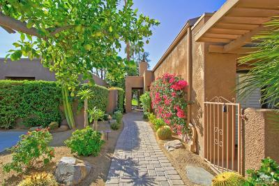 Palm Desert Condo/Townhouse For Sale: 73335 Oriole Court