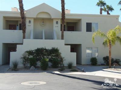 Palm Desert Condo/Townhouse For Sale: 43735 Avenida Alicante