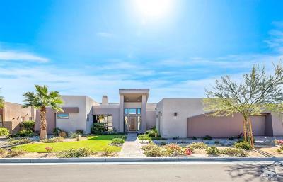 Rancho Mirage Single Family Home For Sale: 35 Via Noela