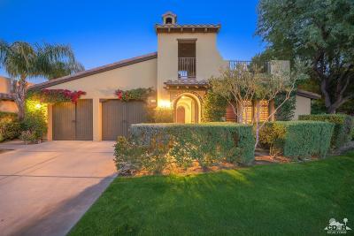 La Quinta Single Family Home For Sale: 51620 Via Roblada