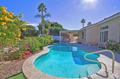 Palm Desert Single Family Home For Sale: 40712 Via Fonda