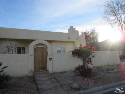 La Quinta Single Family Home Contingent: 77305 Calle Nogales