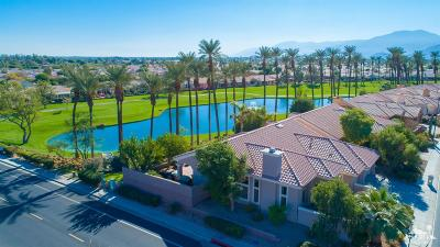 Palm Desert Single Family Home For Sale: 37946 Signal Court