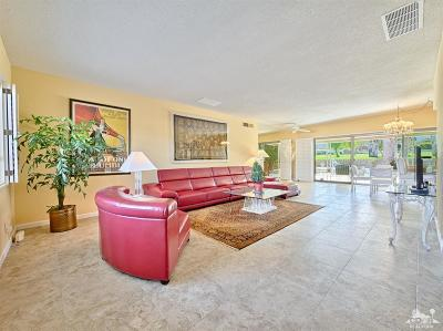 Palm Desert Condo/Townhouse For Sale: 73631 Golf Course Lane #A