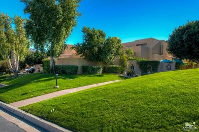 Ironwood Country Clu Condo/Townhouse For Sale: 49021 Mariposa Drive