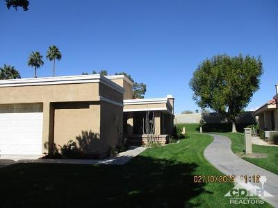 Palm Desert Condo/Townhouse For Sale: 73760 Calle Bisque