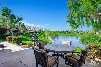 Palm Desert Condo/Townhouse For Sale: 930 Deer Haven Circle