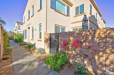 Palm Desert Condo/Townhouse For Sale: 309 Paseo Gusto #208