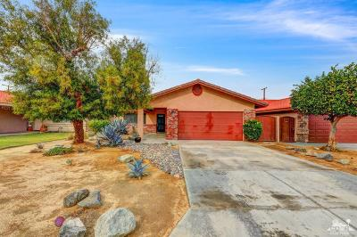 La Quinta CA Single Family Home For Sale: $327,000