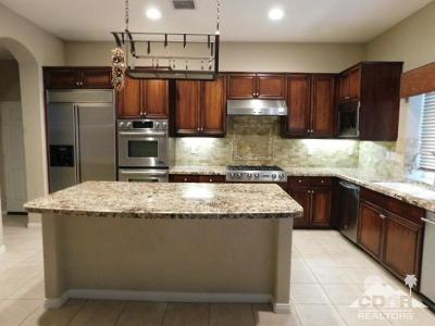 Palm Desert CA Single Family Home For Sale: $575,000