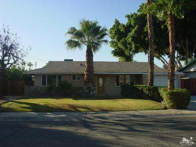Palm Desert Country Single Family Home Contingent: 77055 Michigan Drive