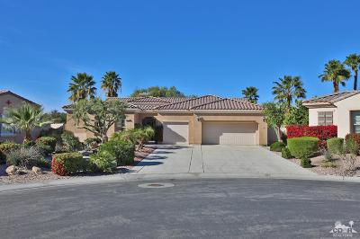 Indio Single Family Home Contingent: 81050 Avenida Sombra
