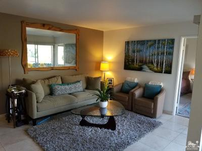 Palm Springs Condo/Townhouse Contingent: 1550 S Camino Real #318