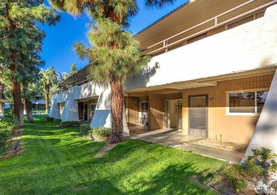 Palm Springs Condo/Townhouse For Sale: 2860 N Los Felices Road #104