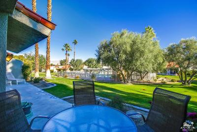 Palm Desert Condo/Townhouse For Sale: 40998 La Costa Circle West