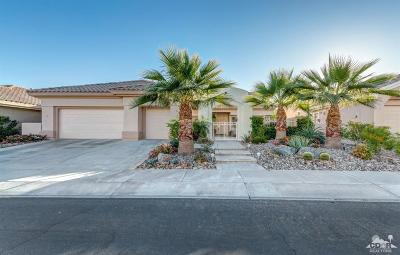 Palm Desert Single Family Home For Sale: 78645 Autumn Lane
