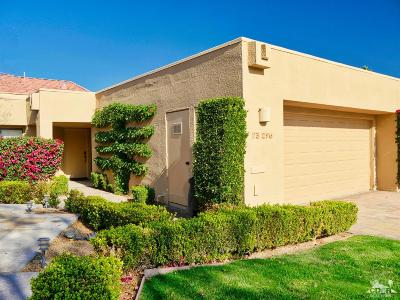 Palm Desert Condo/Townhouse For Sale: 73296 Irontree Drive