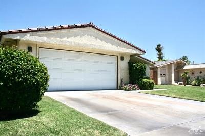 Palm Desert Country Single Family Home Contingent: 77596 Edinborough Street