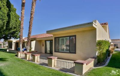 Palm Desert Resort C Condo/Townhouse For Sale: 41367 Resorter Boulevard