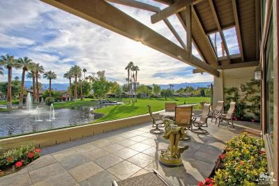 Palm Desert Condo/Townhouse For Sale: 247 Green Mountain Drive #557