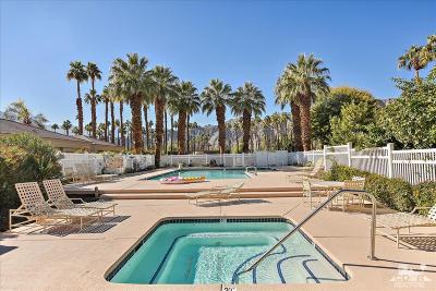 La Quinta CA Condo/Townhouse For Sale: $399,000