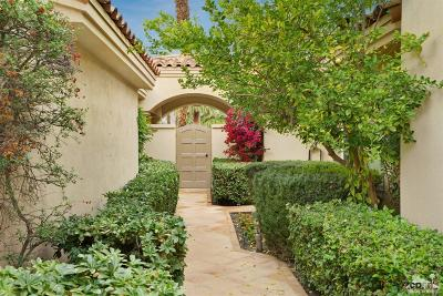 La Quinta Condo/Townhouse For Sale: 56012 Pebble Beach