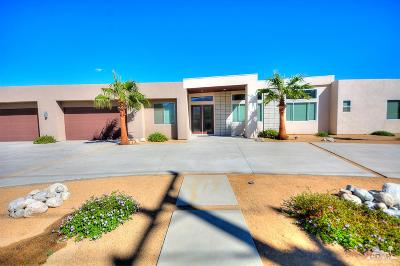 Palm Springs Single Family Home For Sale: 2880 N Sunrise Way