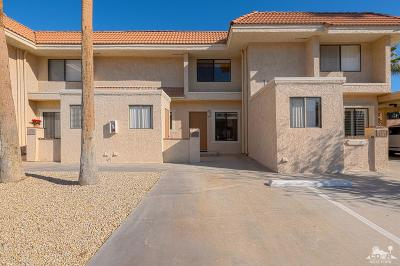 Palm Desert Condo/Townhouse For Sale: 40785 Breezy Pass Road Road