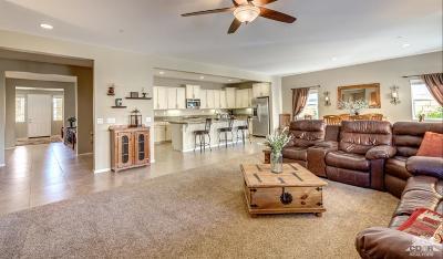 Indio Single Family Home Contingent: 83674 Fujiyama Drive
