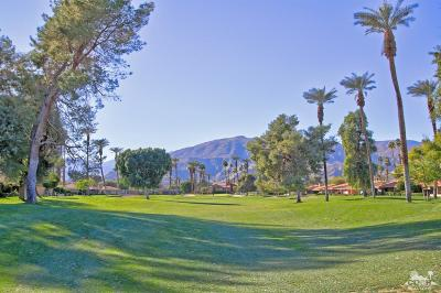 Rancho Mirage Condo/Townhouse For Sale: 6 La Cerra Circle