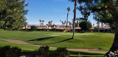 Palm Desert Condo/Townhouse For Sale: 266 W 266 Santa Barbara Circle East