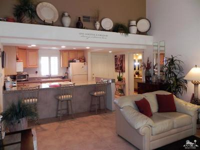 Palm Desert Resort C Condo/Townhouse For Sale: 40168 Baltusrol Circle #47-6