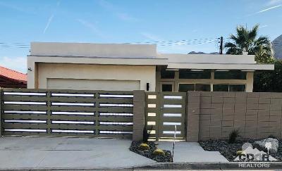 La Quinta Single Family Home Contingent: 54190 Avenida Cortez